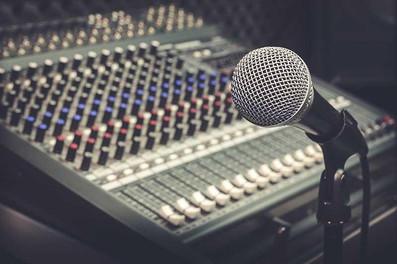 Oglašavanje na radijima